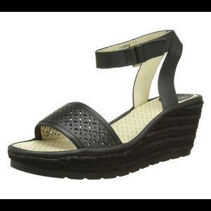 Fly London Wedge Sandal leather black 8